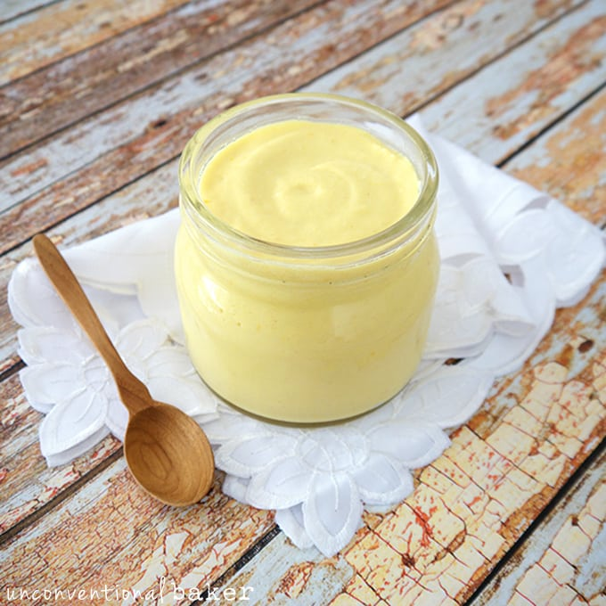 Refined Sugar-Free and Vegan Lemon Curd {Gluten-Free and Paleo}