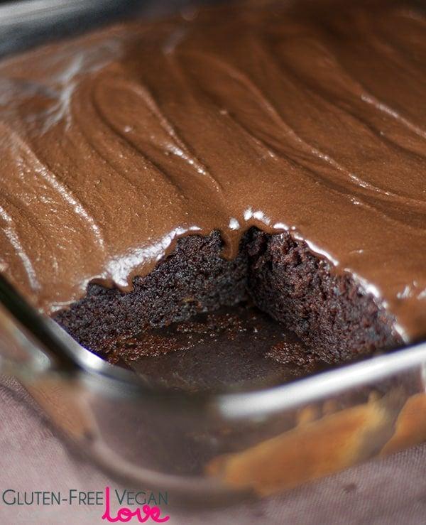 Gluten-Free Vegan Chocolate Texas Sheet Cake {Refined Sugar-Free} l ...