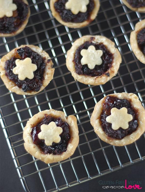 Gluten-Free Vegan Mincemeat Pie Recipe {Refined Sugar-Free}