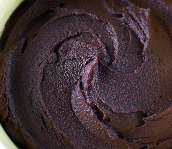 Non-Dairy Maple-Sweetened Chocolate Frosting