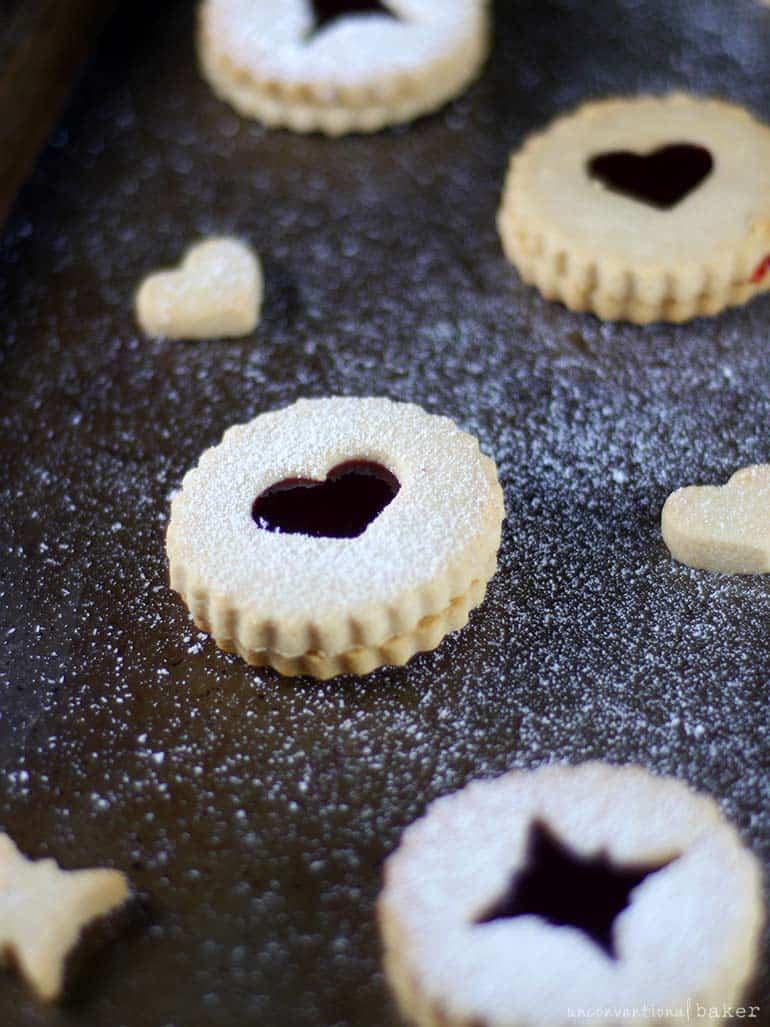 raspberry linzer cookies (gluten-free, vegan, refined sugar-free)