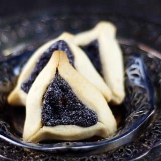 Hamentaschen Cookies with Poppy Seed Filling {Gluten-Free, Vegan, Refined Sugar-Free}