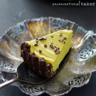 Raw Grasshopper Ice Cream Pie {Gluten-Free, Vegan, Paleo, Refined Sugar-free}