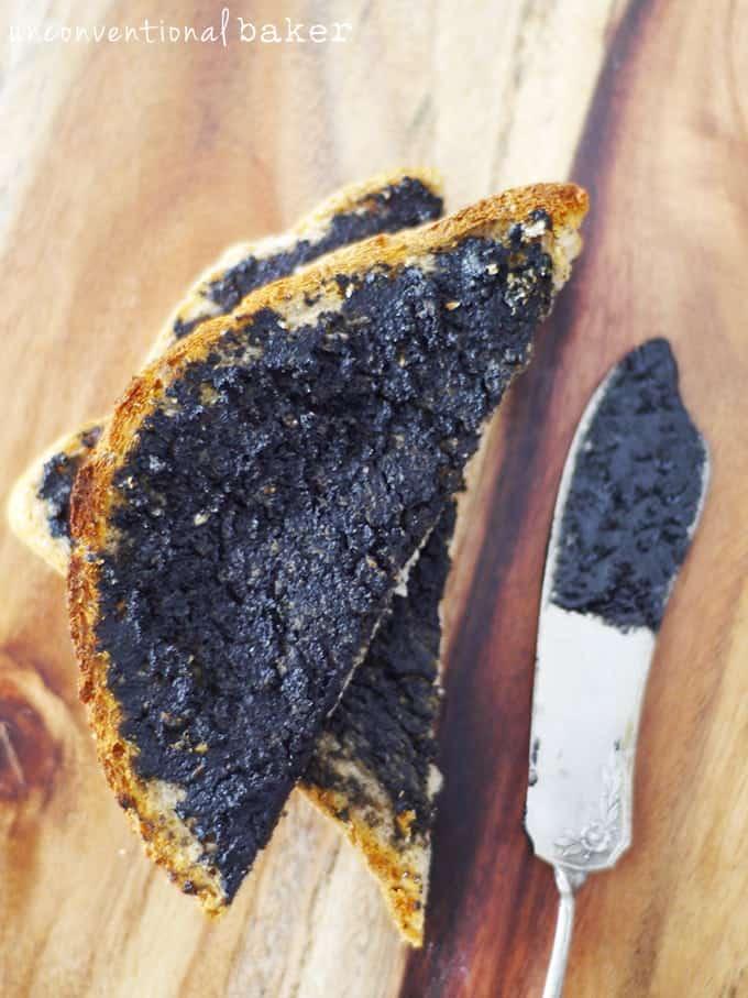"""Homemade Organic Gluten-Free """"Vegemite"""" {Vegan, Refined Sugar-Free}"""