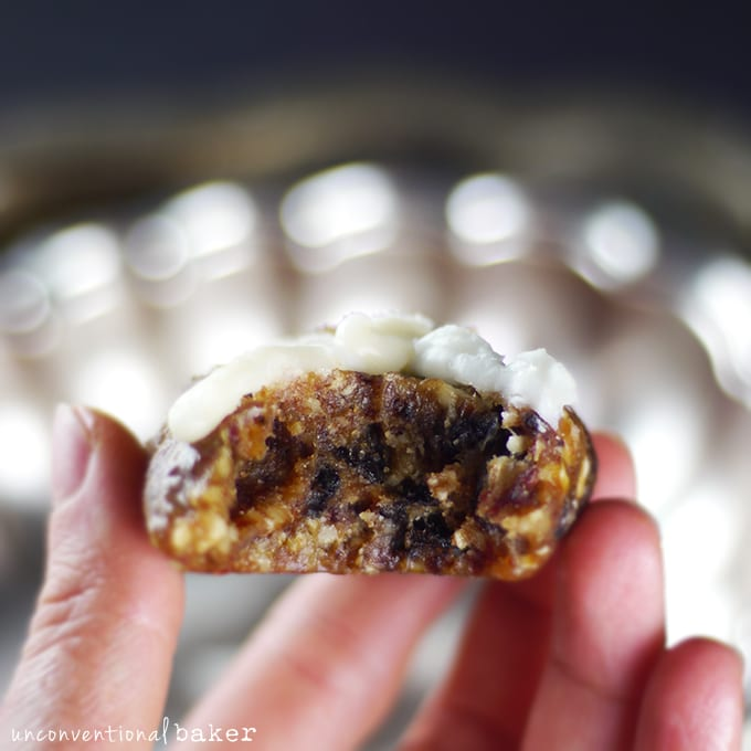 "Raw ""Hot Cross Bun"" Cookies {Gluten-Free, Paleo, Vegan, Refined Sugar-Free, SCD, AIP-Friendly}"