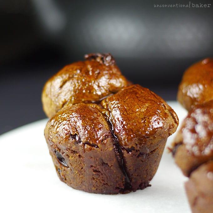 Cinnamon Raisin Yeast-Free Funky Monkey Bread {Gluten-Free, Vegan, Refined Sugar-Free}