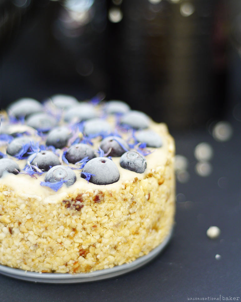 Raw Blueberry Cashew Cheesecake (Free from: dairy, gluten & grains, eggs, and refined sugar)