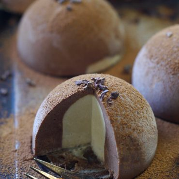 Raw Chocolate Tartufo (Free From: Dairy, Gluten and Grains, Refined Sugar, and Coconut)