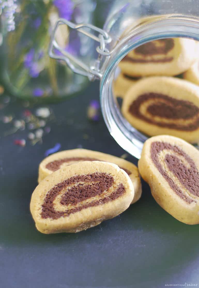 Chocolate Vanilla Pinwheel Cookies -- a gluten-free, vegan, refined sugar-free, and oil-free recipe