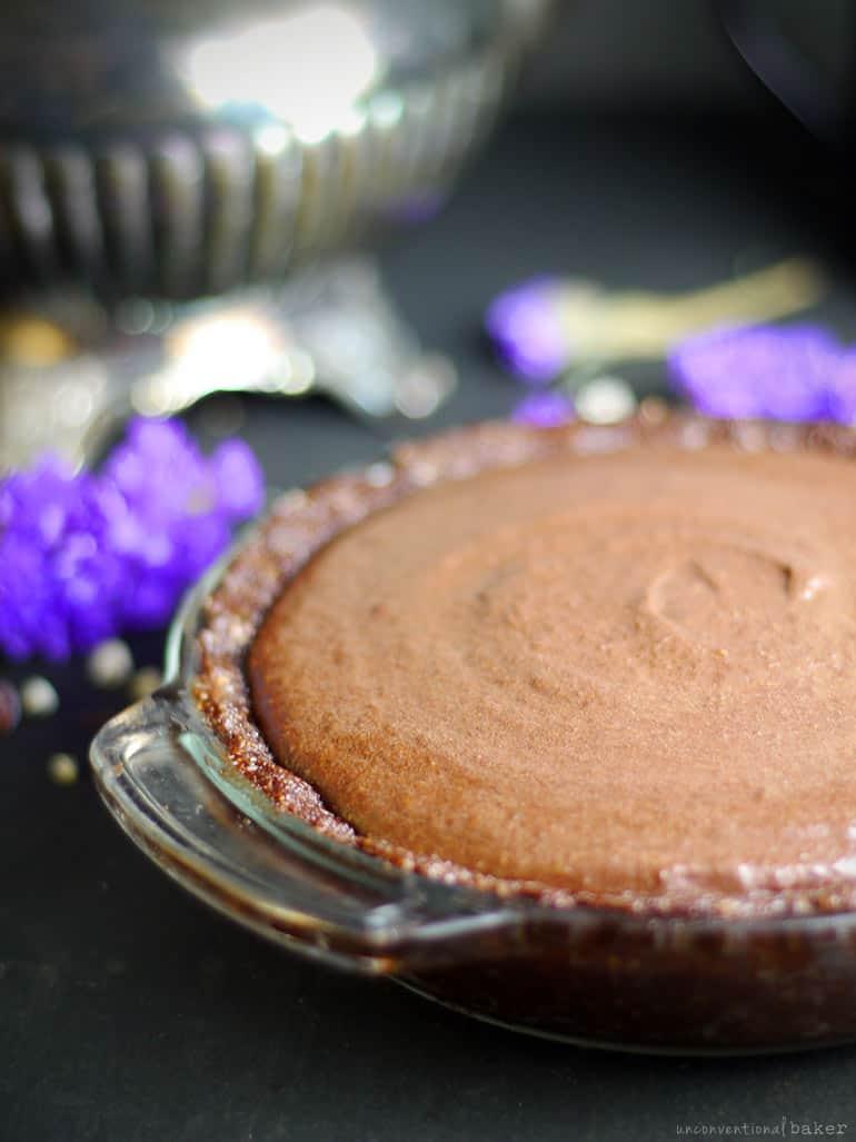 gluten free vegan Raw Chocolate Hemp Banana Pie
