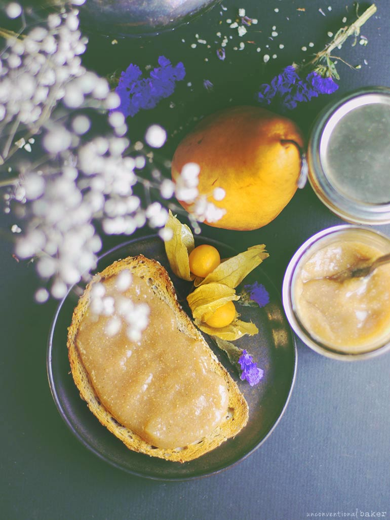 refined sugar-free spiced autumn pear sauce recipe