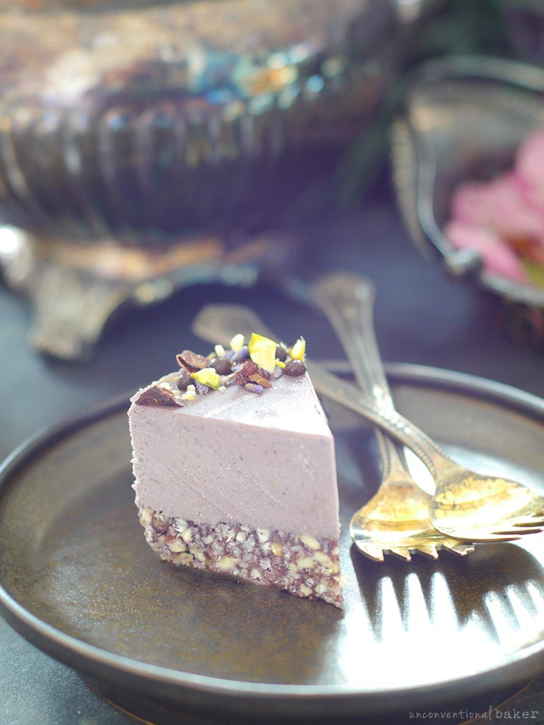 desserts with lavender: raw cheesecake