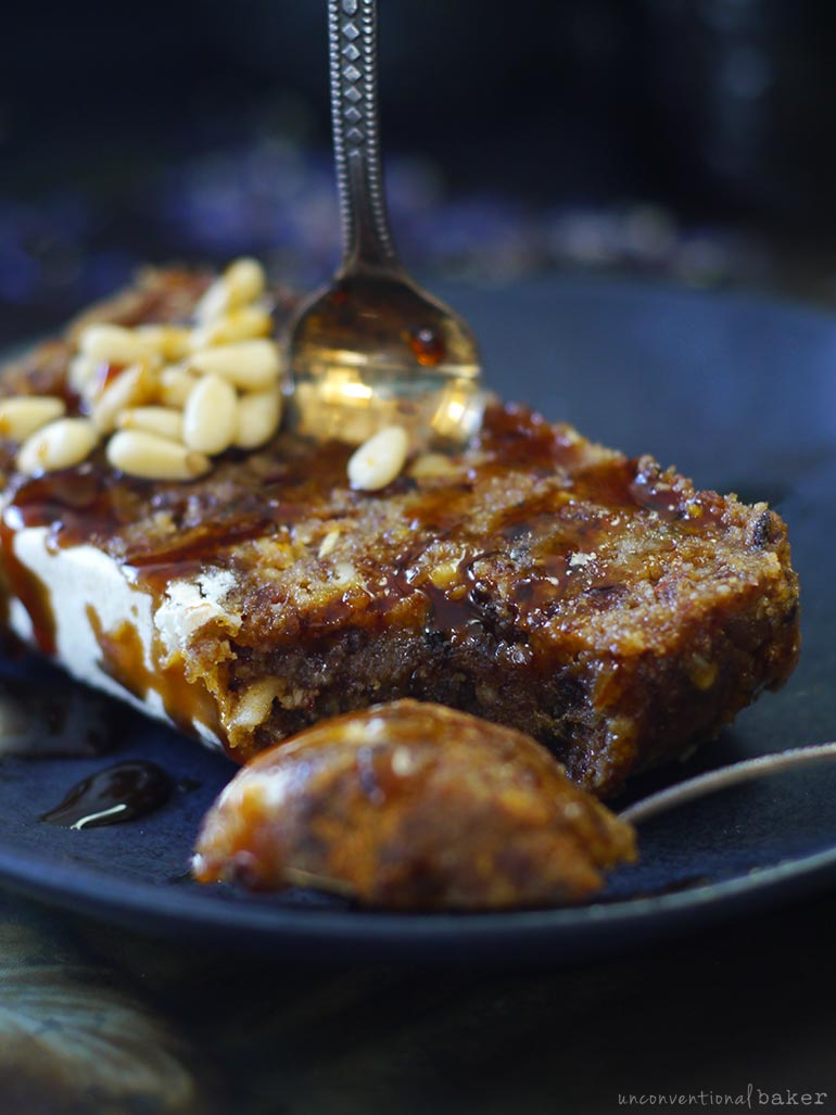 raw vegan and refined sugar-free fruitcake recipe