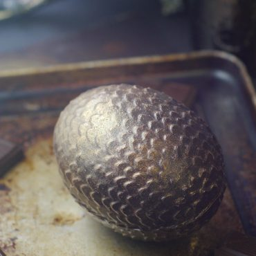 dragon egg -- raw vegan recipe