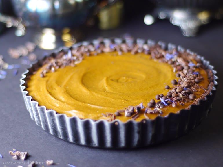 no bake pumpkin peanut butter pie with chocolate vegan, gluten-free