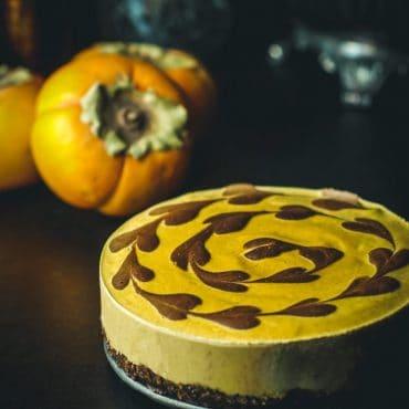chocolate and persimmon cheescake (gluten-free, vegan, refined sugar-free)
